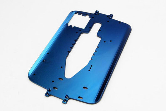 Chassis, 6061-T6 aluminum (4.0mm) (blue) (standard replacement for all Maxx series)