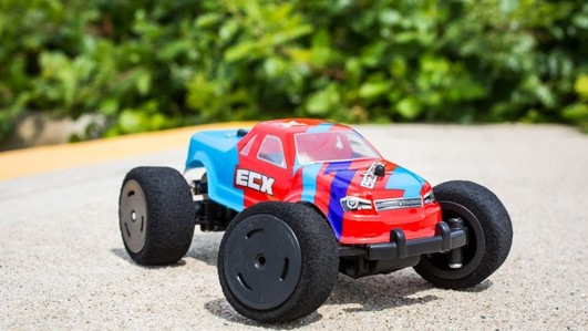 ECX BeatBox 1:36 2WD Monster Truck RTR