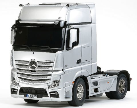 Mercedes-Benz Actros 1851 GigaSpace 1:14 Kit