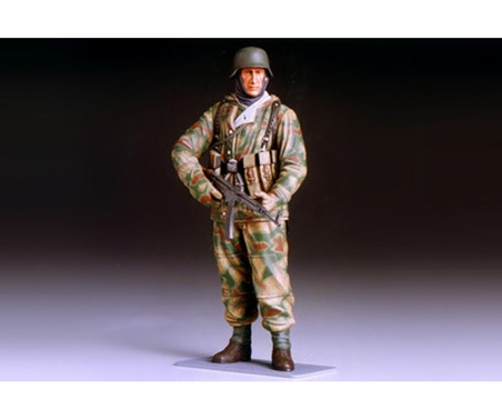 Tamiya 1:16 WWII Figur Dt. Infant.Soldat Winter