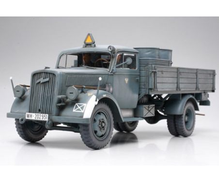 WWII Dt. Transport LKW 3to (2) 1:35